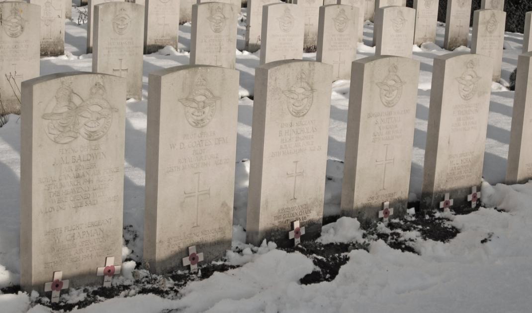 Coates crew graves