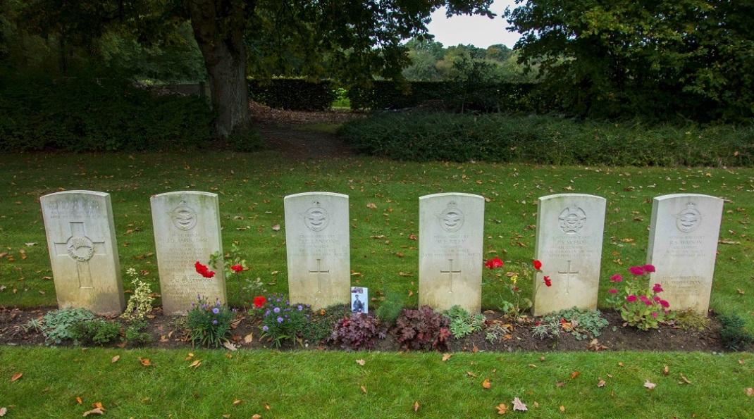 Landon - graves at Hotton.jpg