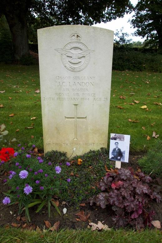 John's grave at Hotton